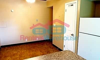 Bedroom, 2736 S Adams St, 2