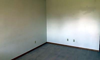 Bedroom, 404 E Adams St, 1
