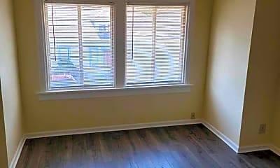 Bedroom, 604 W Augusta Ave, 1