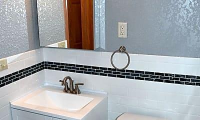 Bathroom, 319 SE 8th St, 2