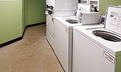Kitchen, Sunnyside Commons, 1
