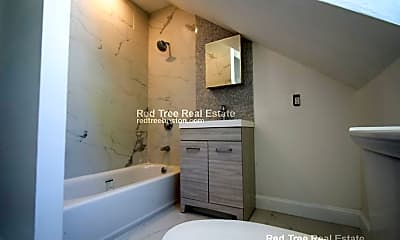 Bathroom, 34 Cedar St, 1