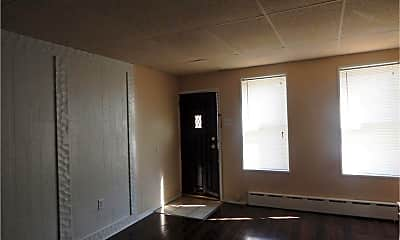 Living Room, 2612 E York St, 1