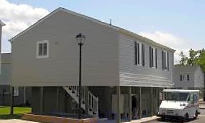 Harbor Square Apartments, 1