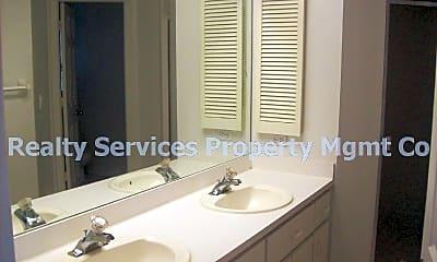 Bathroom, 302 NE 18th Place, 2