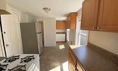 Kitchen, 7 Gibbs Ct, 2