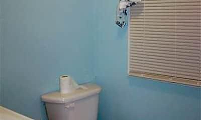 Bathroom, 1637 E Blaine St, 2