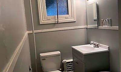 Bathroom, 2337 N 4th St, 2