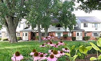 Building, Little Creek Garden Apartments, 0