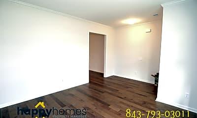 Building, 2987 Vincent Astor Dr, 1