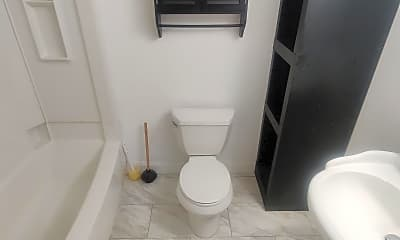 Bathroom, 432 E Linwood Ave B, 2