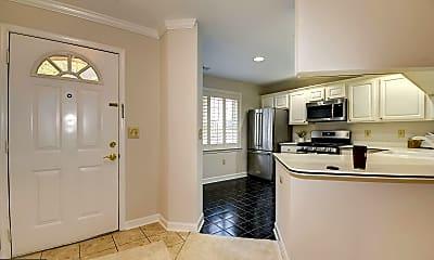 Kitchen, 6924 Fairfax Dr 204, 1
