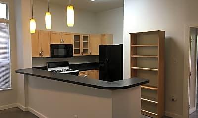 Kitchen, 707 E 47th St, 1