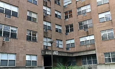 40 MOORE AVE, 1
