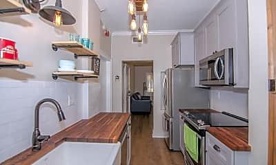 Kitchen, 2117 W Dekle Ave Apt I1, 1