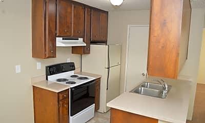 Kitchen, 828 W Sacramento Ave, 1