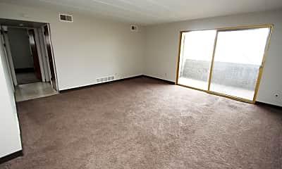 Living Room, 413 W Steuben St, 1