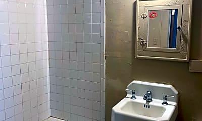 Bathroom, 1310 N K St, 2