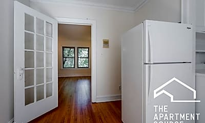 Living Room, 4885 N Paulina St, 1