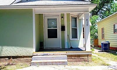 Building, 410 N Erie St, 1