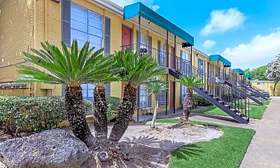 Building, 9600 Braes Bayou Dr, 2