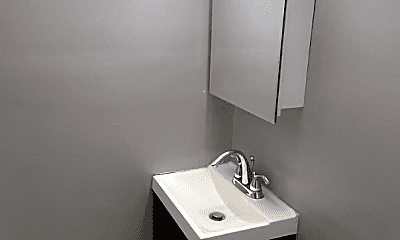 Bathroom, 7234 S Jeffery Blvd, 2