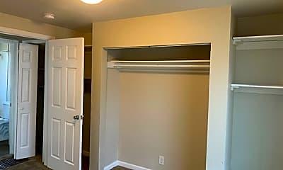 Bedroom, 1690 W Girard Ave, 2