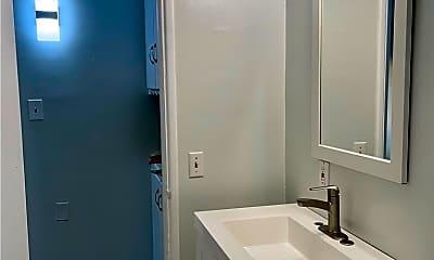Bathroom, 1144 Knoll Dr B, 0
