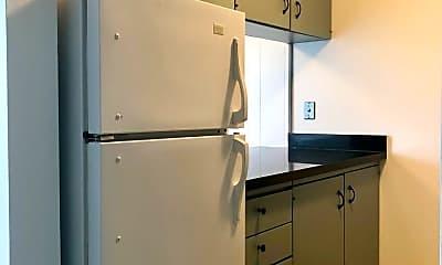 Kitchen, 2233 NE 46th St, 1