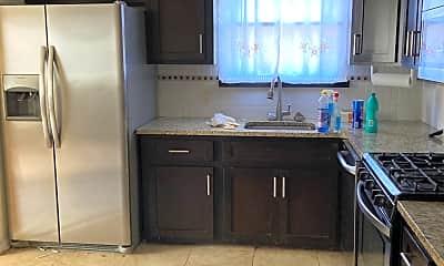 Kitchen, 81 Sunfield Ave, 0