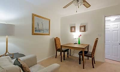 Dining Room, Room for Rent -  a 4 minute walk to bus 86, 1