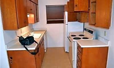Kitchen, 1107 N Locust St 2, 1