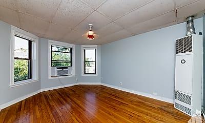Living Room, 2609 W Chicago Avenue 3, 1