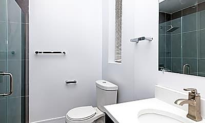 Bathroom, 723 N Ada St, 1