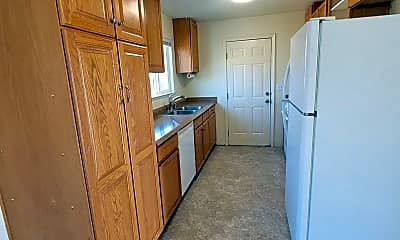 Kitchen, 128 Dayton Village Pkwy, 1