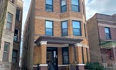 Building, 5533 N Glenwood Ave, 0