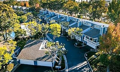 Fairway Apartments at Big Canyon, 2
