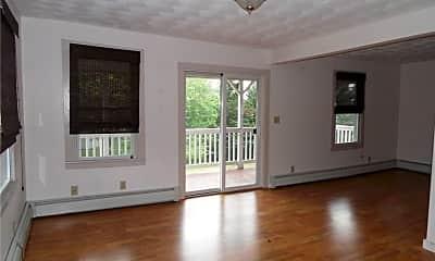Living Room, 158 Shore Rd, 1