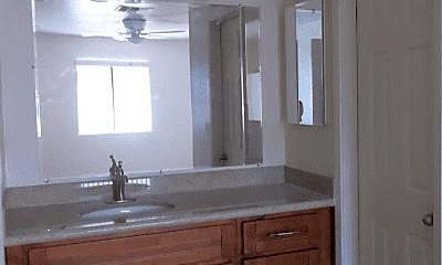 Bathroom, 6229 E Greenway St, 1