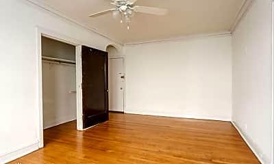 Bedroom, 4807 N Fairfield Ave, 1