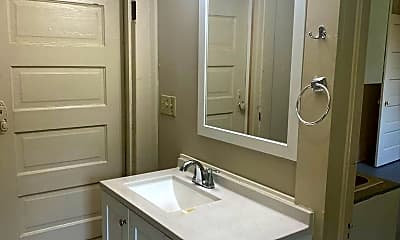 Bathroom, 1717 13th St, 2
