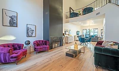 Living Room, 4552 N 52nd Pl, 0
