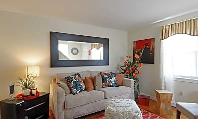 Living Room, Chicopee Village Townhouses, 1