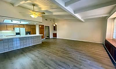 Living Room, 76624 Florida Ave, 1