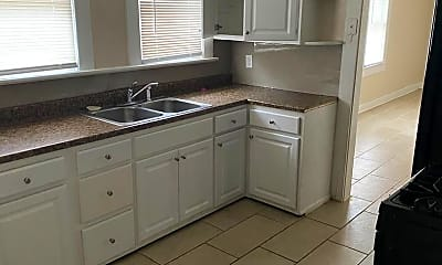Kitchen, 1144 Howard St, 1