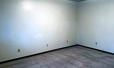 Bedroom, 401 E Adams St, 1