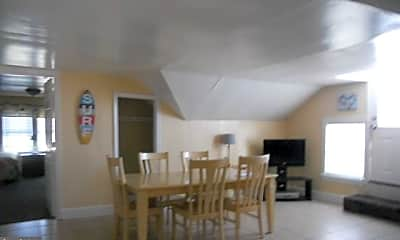 Dining Room, 404 St Louis Ave 13, 2