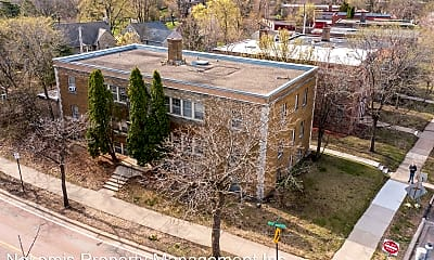 Building, 2825 Cedar Lake Pkwy, 1