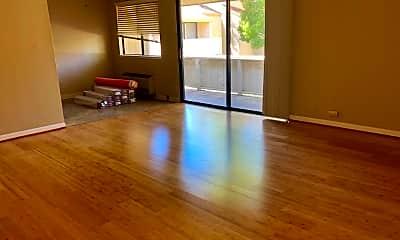 Living Room, 938 Kiely Blvd, 0