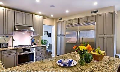 Kitchen, 1711 Albans Rd, 1